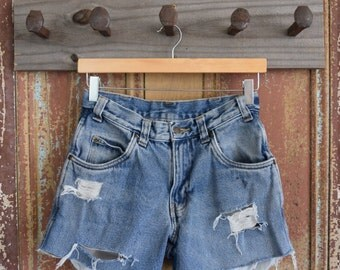 High waisted distressed denim shorts size 28