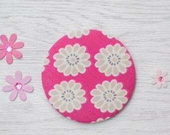 Pocket Mirror - fabric pocket mirror - daisy mirror - hand bag mirror - make up bag mirror - token gift - stocking filler - gift for her
