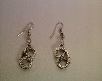 Philly Soft Pretzel earrings