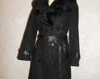 returned fully stuffed leather coat! Black