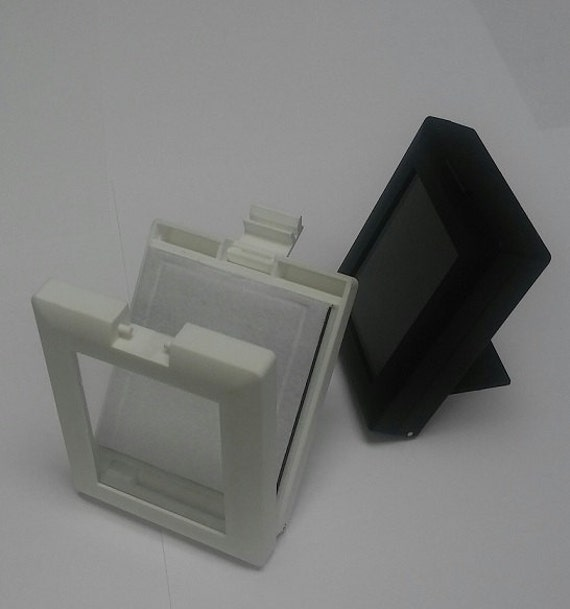 Gem boxes for displays white black from devinebydevine for Black box container studios
