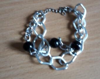 Bracelet alloy