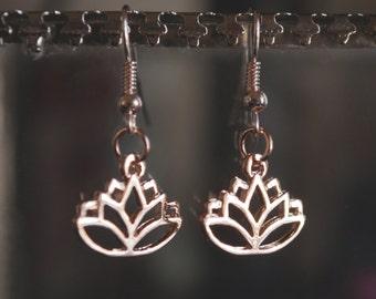 14 KT Rose Gold Lotus Earring