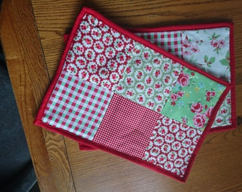 2 pc hand made table mats