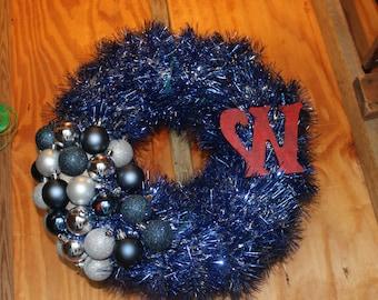 Garland, Christmas lights and Ornaments Christmas Wreath (Example)
