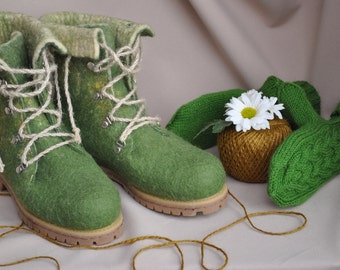 Footwear with felt, felting , footwear handmade , warm shoes, health