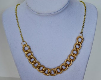 Chain link necklace with Gold chain