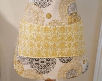 Yellow apron with pocket