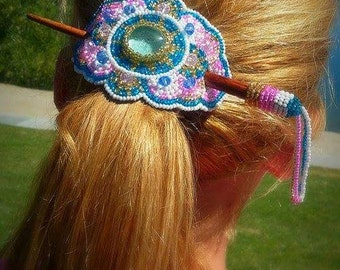 hand.beaded hair barretts