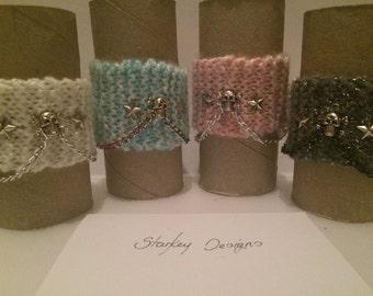 5link Skull and Stars knitted bracelet.