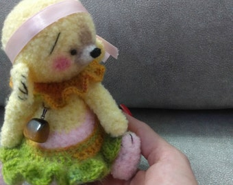 Crochet Bear Ooak-artist-miniature-thread-bear-Doll-lucky-bear-Crochet dollhouse miniature