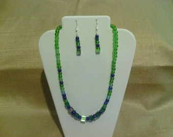 210 Sweet and Simple Transparent Green and Blue Round Glass Beads Beaded Choker
