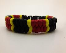 Cool Paracord Bracelet Coral Snake Pattern Wearable Fashion 550 Parachute Cord Fishtail Weave