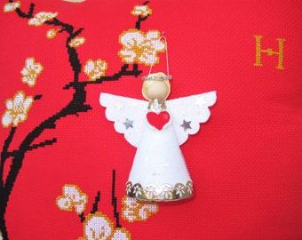 Christmas Angel Felt Ornament, White Angel Ornament, Love Angel, Angel Tree Topper, Christmas Valentine Decorations, White Christmas Angel