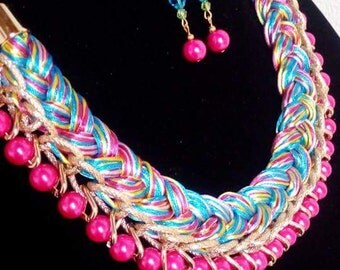 Gorgeous braided multicolor necklace, Statement necklace, chunky bib necklace