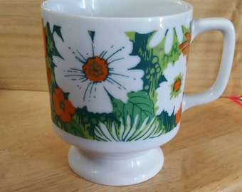 Thrift  store mug candle