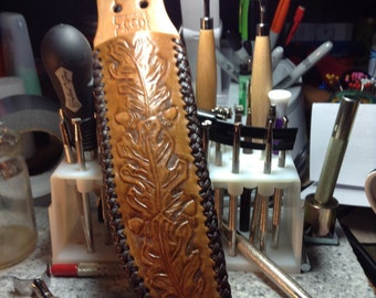 Large Knife Sheath in Antique Tan with Mexican Basket Weave Lacing