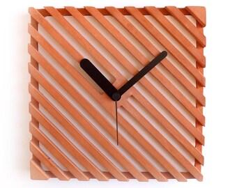 Terracotta wall clock - Grill clock red