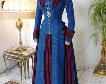Blue & Red Brocade Bustle Gown, Antique Gown, Antique Dress, Victorian Dress, robe ancienne, ca. 1890