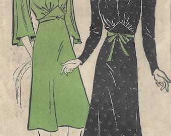 "1940s Vintage Sewing Pattern B42"" DRESS (R155)  New York Pattern 1200"