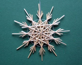 Christmas Tree Decoration - Handmade German Straw Star Ornament – Design 1