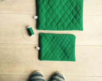 Fabric cover, emerald green pouch, padded pouch, pouch makeup, wallet silk satin