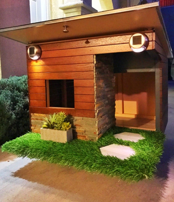 Items similar to modern dog house on etsy for Casas para perros
