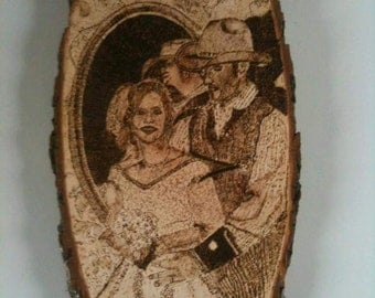 personalized woodbranded wedding pictures