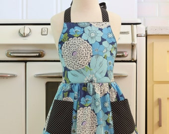 Vintage Inspired Blue Floral Full Apron for Little Girls