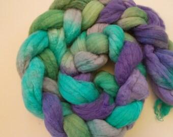 Corriedale wool roving handpainted 4 oz