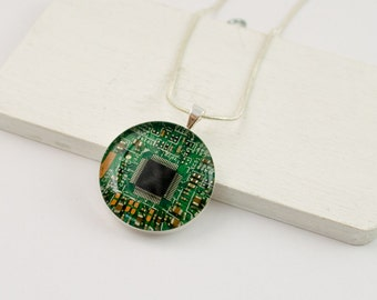 Circuit Board Necklace Green - Recycled Computer Jewelry - Geeky Necklace - Wearable Technology