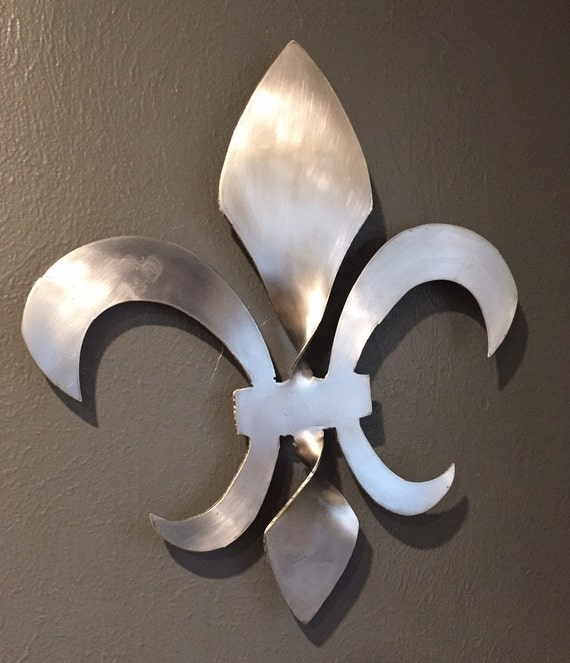Twisted Fleur de Lis Sculpture 18 inches tall, stainless steel. Who Dat - New Orleans, Hurricane Katrina