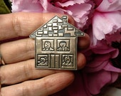 Vintage Mexican Sterling Silver Mexico House Family People Brooch Pin