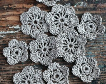 Crocheted linen flowers -- set of 10