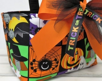 READY TO SHIP - Halloween Trick or Treat Candy Basket Bucket - Silly Spiders - Pumpkins - Ghosts - Witches - Squares