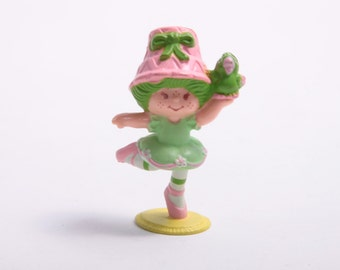 Vintage Strawberry Shortcake - Dancing Lime Chiffon With Parrot - 1980s PVC - Rare ~ Pink Room ~ 160910