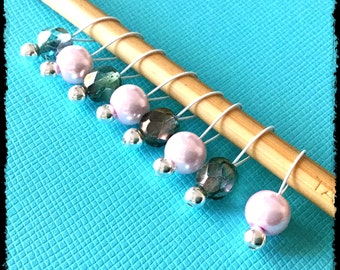 Snag Free Stitch Markers Small Set of 8 - Light Pink and Gray Glass -- K71 -- Up to size US 8 (5.0mm) Knitting Needles