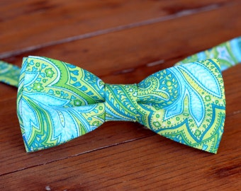 Boys Green Bow Tie - green cotton bow tie - boys paisley bow tie - blue green paisley tie - baby bowtie - tie for toddler - kids wedding tie