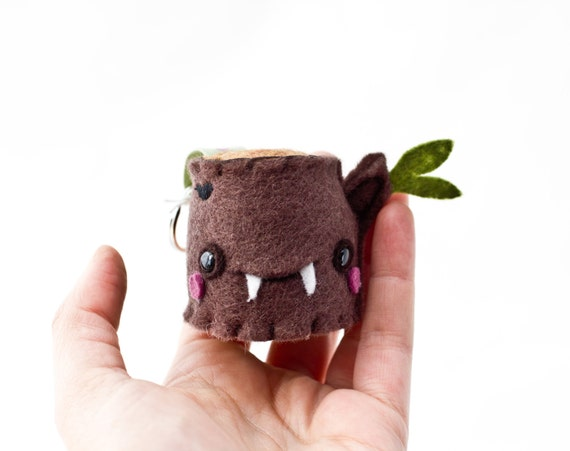 Keychain - Vampire Tree Stump