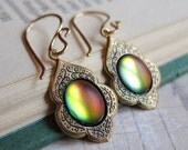 Alhambra Magic - Frosted Sunset - Color-Changing Earrings - Prism Collection
