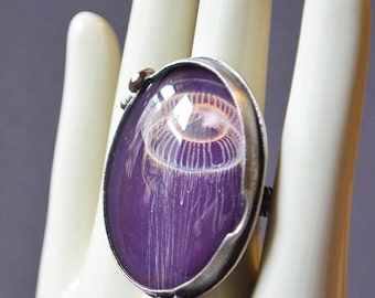 Dark Depth Jellyfish Ring
