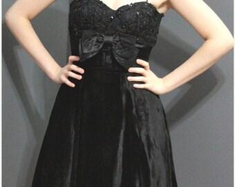 ON SALE Vintage Pinup Black Velvet Crinoline Bow Party Dress XS