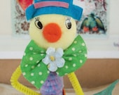 Vintage Style / Pipe Cleaner Easter Duck Figure / Vintage Craft Supplies / Free-Standing Figure / Flocked Head