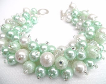 Mint Green and White Pearl Bracelet with Crystals, Green Bridesmaid Bracelet, Chunky Jewelry, Cluster Bracelet, Mint Beaded Jewelry, Wedding