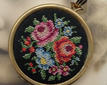 1977 Avon Floralpoint Needlepoint Locket Vintage Pendant