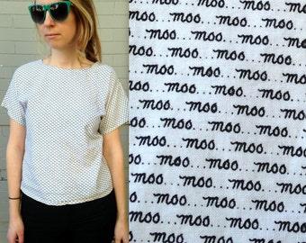 MOO SHIRT // 1980's Handmade Shirt // INCREDIBLE! // Typography // Graphic Design // Women's Medium // Tuck In // Cursive // Black and White