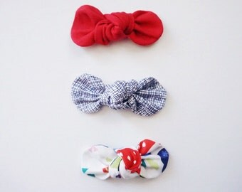 Berry Picking KNOT Bows