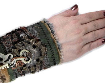 Steampunk Fashion Textile Cuff Wrist Vintage Keys ESCUTCHEON Steam Punk Men Women BURNING MAN Harley Cuff - Steampunk Clothing by edmdesigns