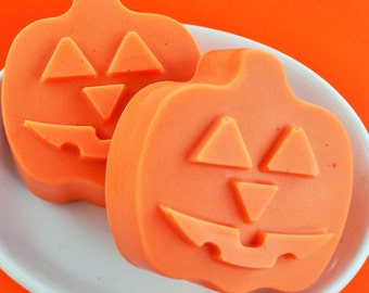 SALE Pumpkin Pie Soap - Halloween Soap - Fall Soap - Halloween Gift - Pie Soap - Halloween Favor