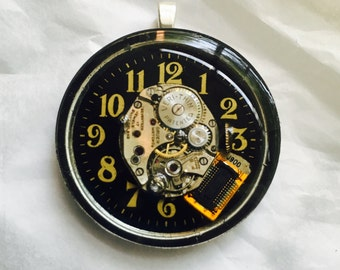 Pendant Steampunk watch